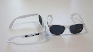 Aurinkolasit logolla Neata 2014