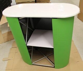 Pieni pöytä S-Pankki
