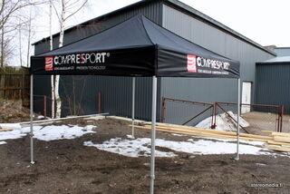 Pop Up teltta logopainatuksilla