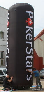 Ilmatäytteinen mainospylväs 6 m