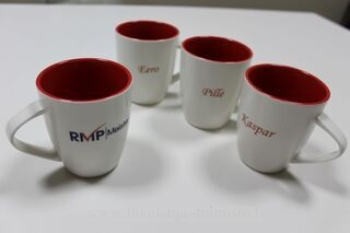 Coffee mugs with logo and name on it