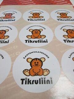 Mainostarrat Tikruliini