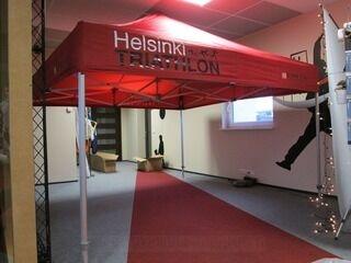 Mainosteltta 3x3 Helsinki Triathlon
